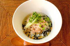 コンビニ「サラダチキン」の簡単アレンジレシピ。メインから副菜まで栄養士が監修
