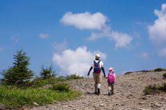 子どもの体力でも一緒に楽しめる!旅行ついでに行きたい低山スポット