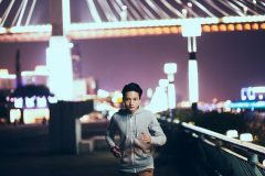 深夜に走るなら必読。夜のランニングを安全にこなす5つのポイント