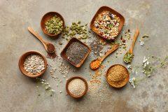 スーパーフード「スピルリナ」とは?栄養素やメリットを専門家に聞いてみた