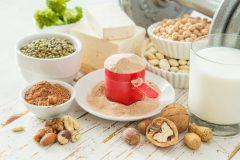 たんぱく質は「動物性」と「植物性」を一緒に摂ると効果的。キューサイが実証