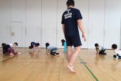 """子どもの身体能力をアップさせる""""裸足""""運動の効果って?教育現場の導入ケースを取材してきた"""