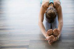 ダイエットや疲労回復に効果的!超簡単ストレッチのやり方