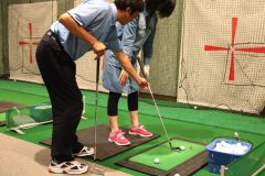 スコア100切りをクリアするには?ゴルフ初心者が渋谷のスクールに行ってみた