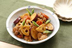 風邪予防メニュー「丸ごと根菜と鶏の煮物」の作り方|栄養士が教えるガッツリ飯レシピ