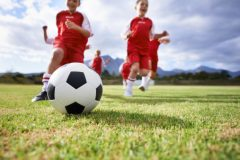 目指せJリーガー!少年サッカーの場合【子どものスポーツ習い事の費用 #3】