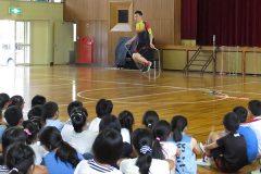 縄跳びが苦手な子ども集まれ!縄跳びのプロが「前跳び・二重飛び」を伝授