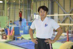 大人でもバク転がマスターできる!池谷幸雄が直接指導する体操クラブに潜入!(前編)