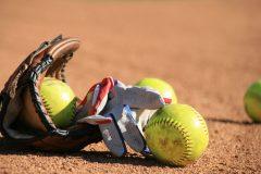 野球とソフトボールの違いって?ボール・グラウンド・ルールなど9つのポイントを解説