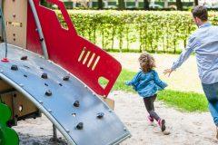 子どもと一緒に遊ぼう!運動不足を解消し、親子関係をよくする遊び4選