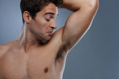 スポーツ後の汗とニオイをブロック!男性用の制汗・デオドラント用品を比較してみた