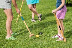 【クロッケー】ゲートボールの原型といわれる球技。歴史・ルール・体験会|一度やってみたい!珍しい海外スポーツ #7