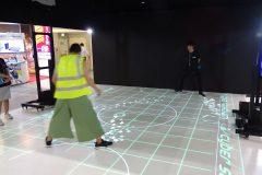 ありそうでなかった!プロジェクションマッピングで体を動かしながら遊ぶ「エアホッケー」│特集:SPORTEC 2018 #2