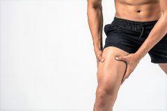 筋トレに伴う筋肉痛、その原因は?なぜ後からくるの?痛みを回復させるストレッチやアイシングを解説