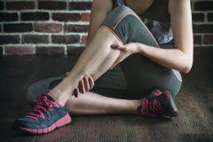 「筋肉痛は年をとると遅く出る」は間違い。その理由は?トレーニングのウソ・ホント