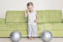 子どもの筋トレは成長に悪い? 身長が伸びなくなる? 専門家が解説