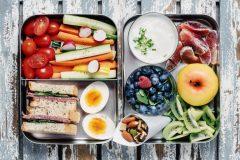 「食事の回数を増やすと痩せる」ってホント? 1日6食の効果やメリット、食べるタイミング、メニュー選びのコツ
