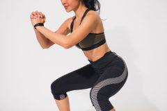 筋トレ効果を高める基本姿勢。「パワーポジション」の正しい作り方やメリットとは