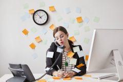 """疲れの原因は """"睡眠不足"""" がトップ。みんなの疲労対策は?"""
