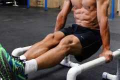 腹筋・腕・上半身の筋トレに。「パラレットバー(プッシュアップバー)」の効果とトレーニングメニュー3選