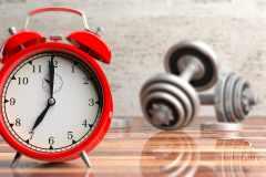 「ダラダラやる筋トレ」は効果ナシ。時間制限を設けたトレーニングのメリットと実践メニュー