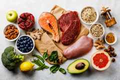 """栄養の吸収率アップ。カルシウムと鉄分を効果的に摂取する""""食べ合わせ""""とは"""