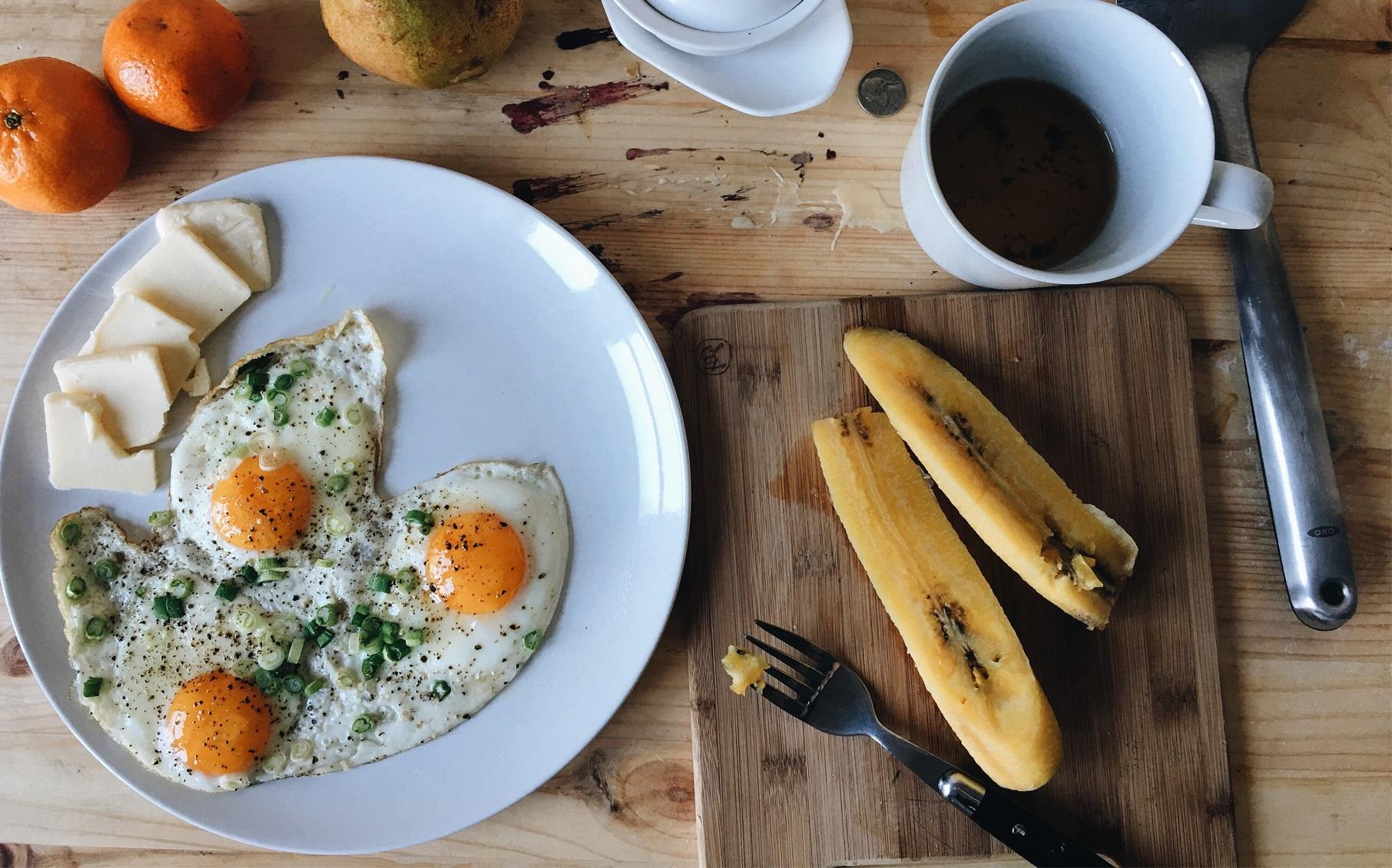 朝ラン後の朝食、なに食べればいい?パン派・ごはん派におすすめの ...