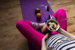 「ストレス過食にはヨガが効果的」ってホント?