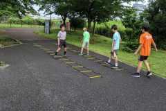 スピード、アジリティ、クイックネスを鍛える。ランニング・サッカー・バスケに役立つ「SAQトレーニング」とは