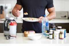 運動ナシ、食事だけで筋肉はつく?メガロストレーナーが解答