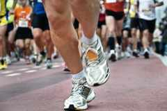 マラソン大会の前日、何を食べるべき?直前まで練習したほうがいい?レース初心者向け10の知識