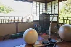 家トレをもっと快適に。自宅にジム・コーナーを作ってみた│連載「甘糟りり子のカサノバ日記」#47
