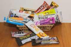 プロテインバー、どれを選べばいい?筋肉をつけたいなら「低脂質」、ダイエット時なら「低糖質」