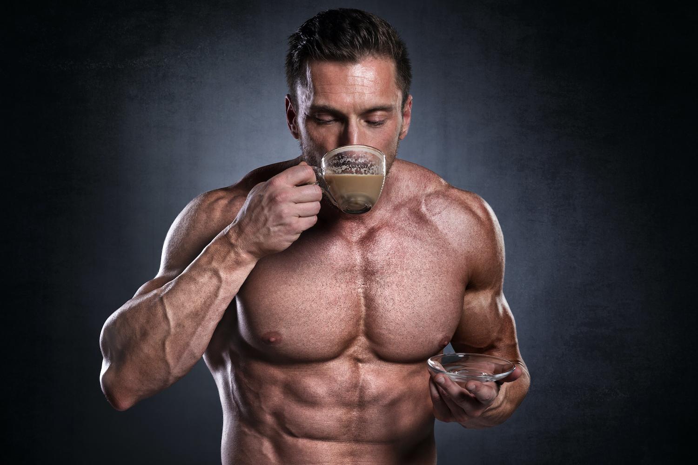 カフェインの正体。効果的な摂り方、1日の摂取目安量、摂りすぎの影響、筋トレとの関係を解説[管理栄養士監修]