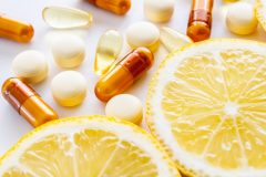 ビタミンの種類と働き。水溶性・脂溶性の違い、おすすめの食べ物&食事メニュー[管理栄養士監修]