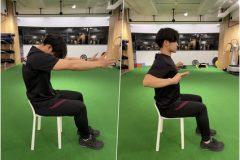 座ったままできる!背中痩せ&猫背改善エクササイズをトレーナーが解説