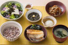 大戸屋が「マッスル定食」「ダイエット定食」発売へ。フィットネスクラブと共同開発