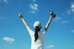 """なぜ""""筋トレをすると自信がつく""""と言われるのか?運動時に出る「ホルモン」の種類と効果"""