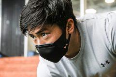 アンダーアーマーのスポーツマスクが進化!約40%軽量化、さらに涼しく